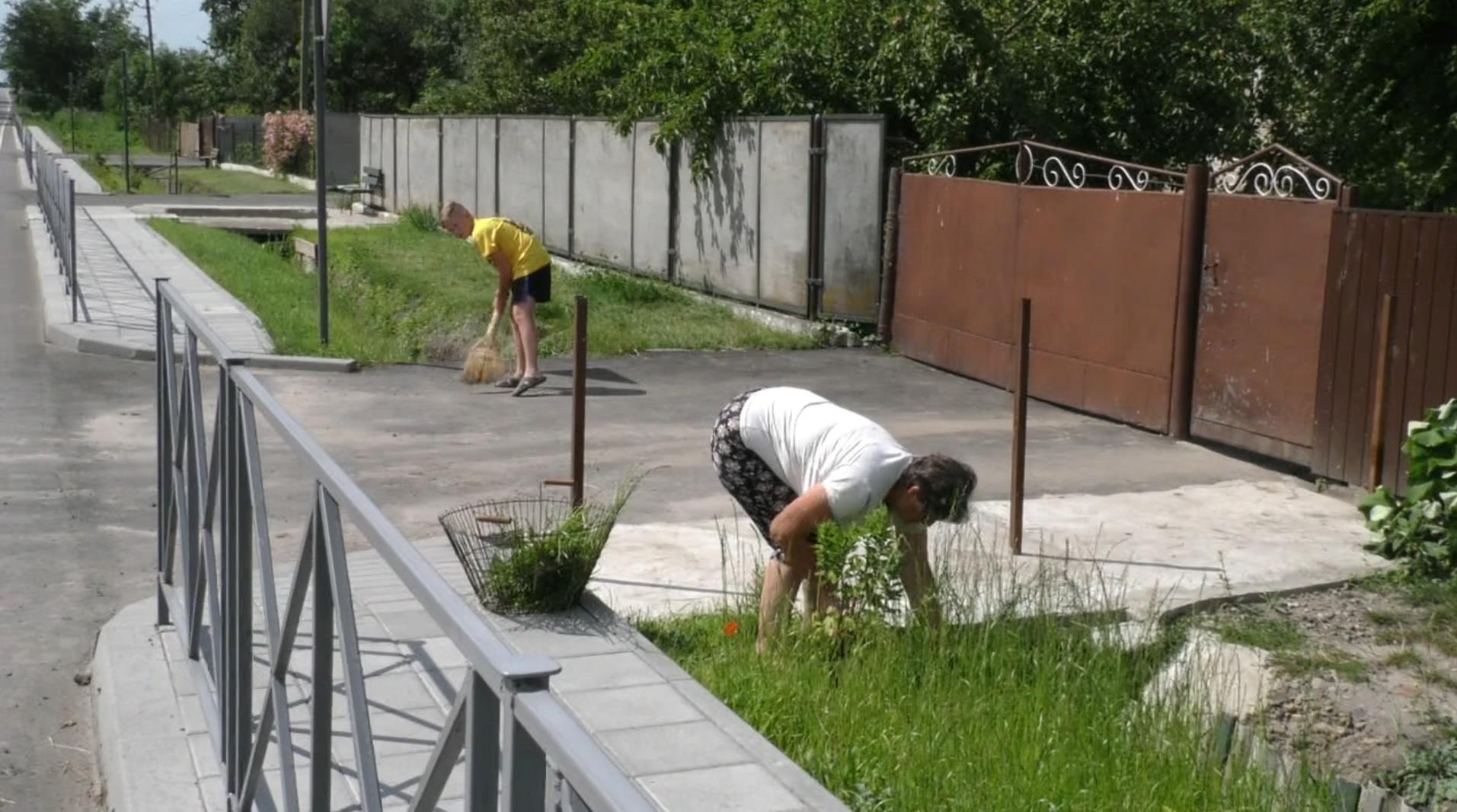 """Проєкт """"Велике будівництво"""": у родинному селі І. Труша Висоцьку відремонтували дорогу-довгобуд"""