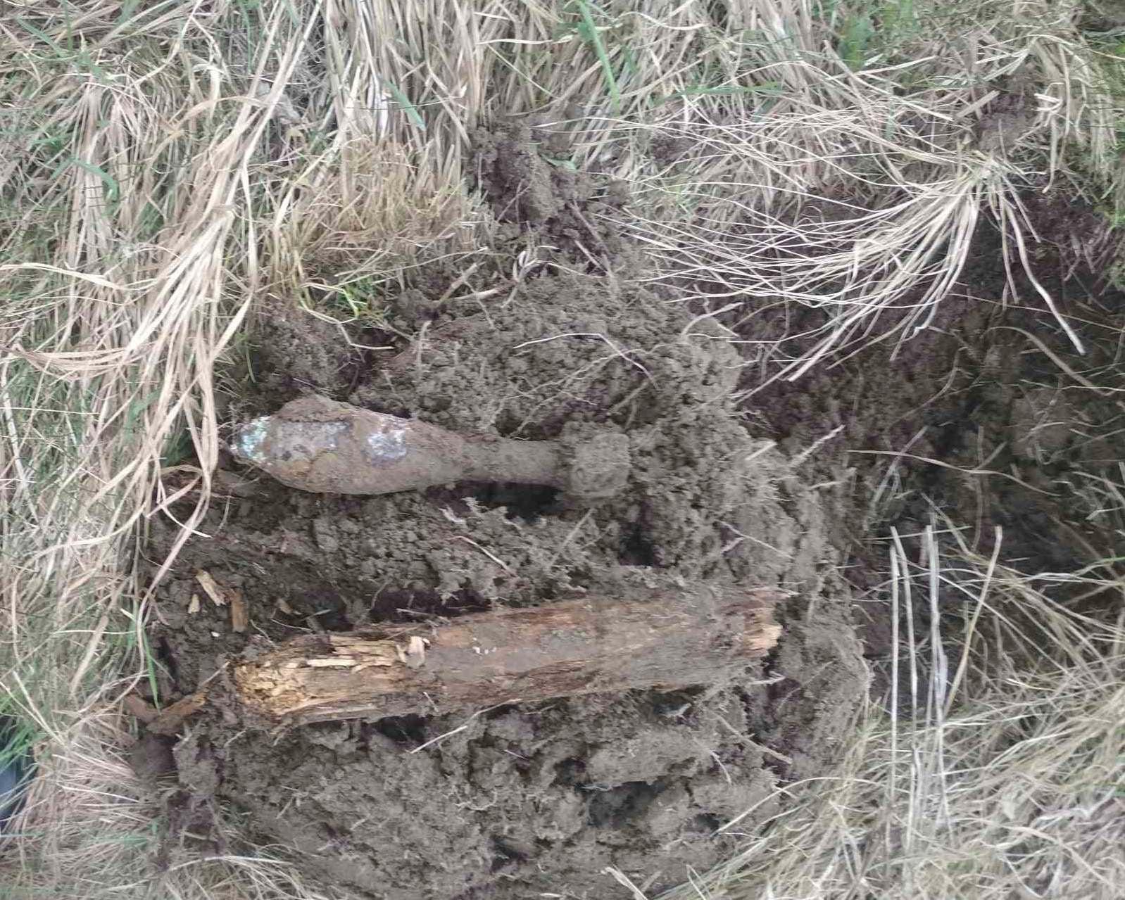 Біля с. Станіславчик виявили і знешкодили 82-міліметрову мінометну міну часів ІІ Світової війни