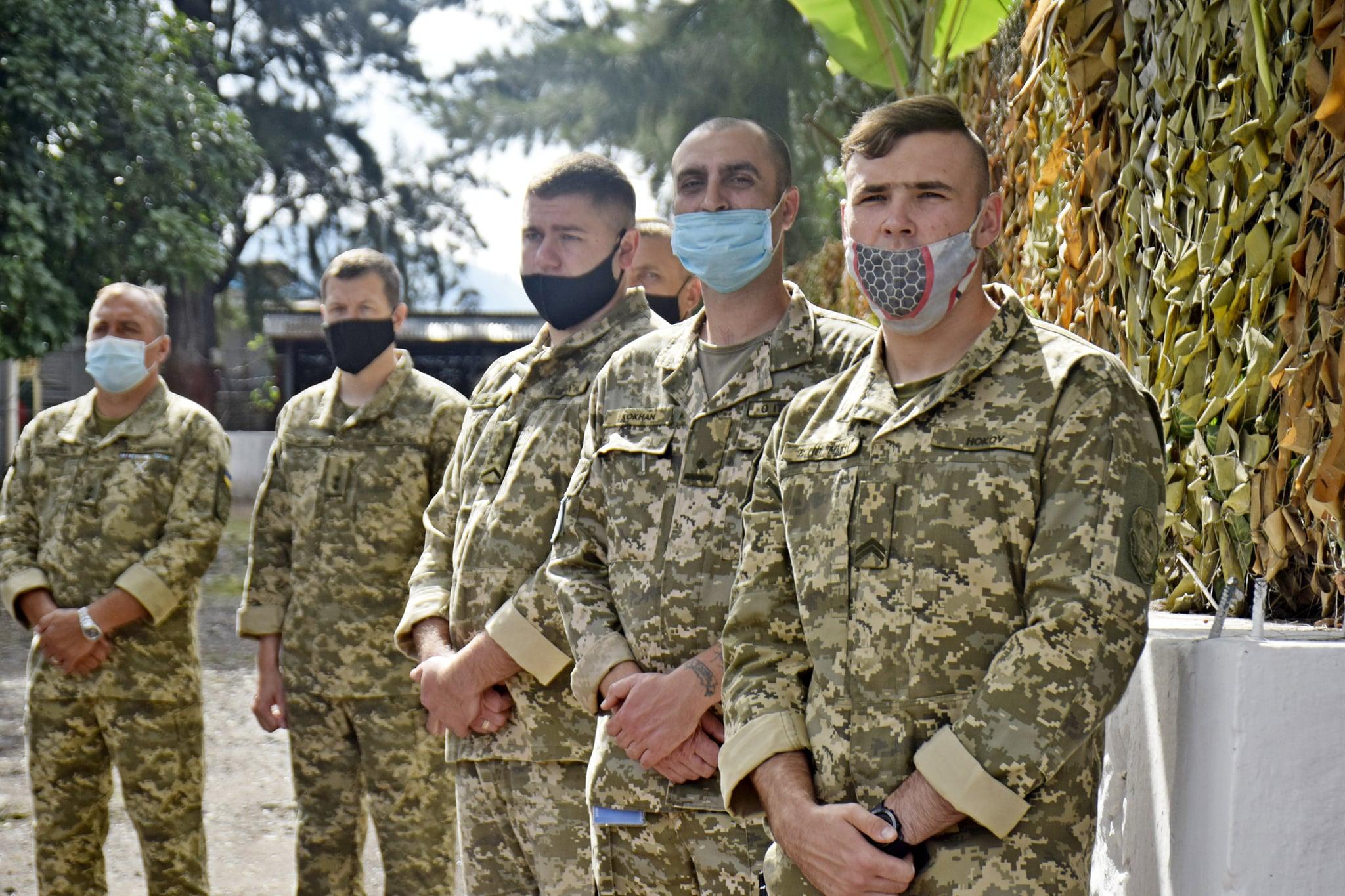 Бродівські вертолітники - миротворці в Африці відсвяткували Великдень за українським звичаєм