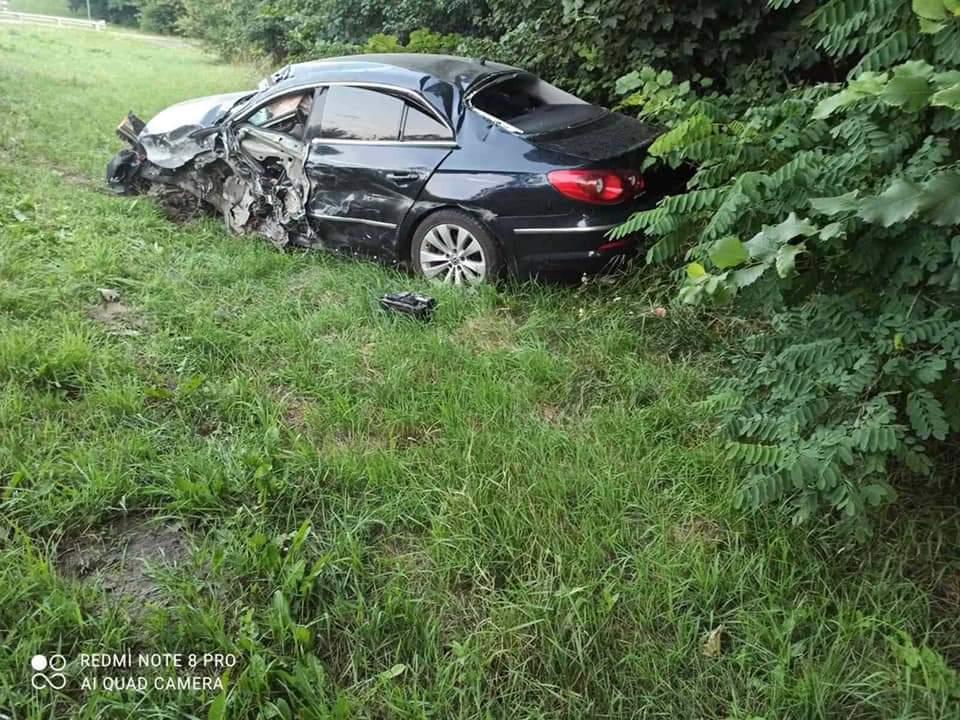 Внаслідок ДТП на трасі Київ-Чоп постраждав 33-річний водій легковика